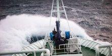 breaking_wave.jpg