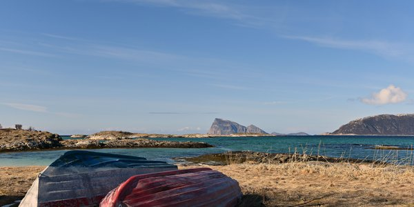 To-båter-på-Sommarøya-og-Håja.jpg